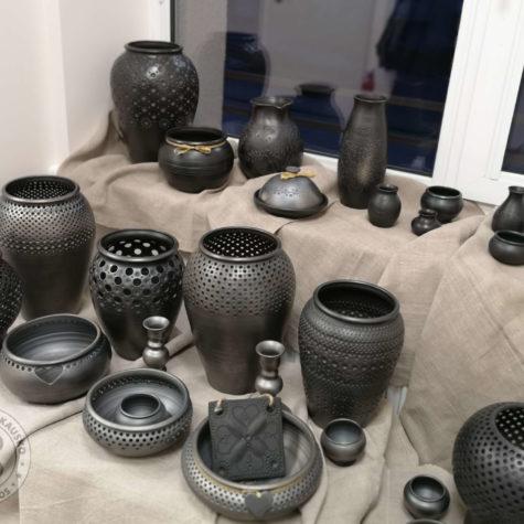 keramika juodoji 01
