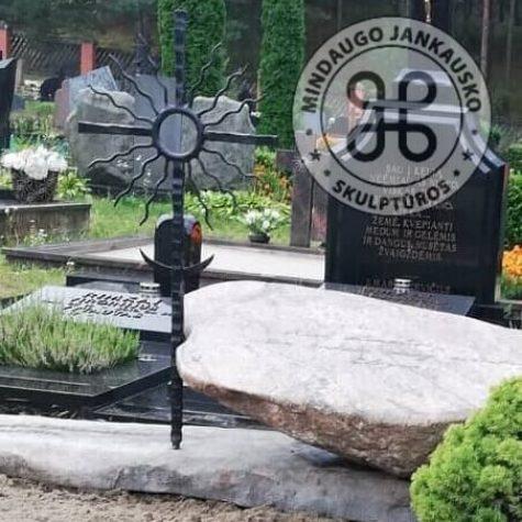 lauko akmens paminklai 1222