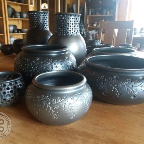 unikali juodoji keramika 0